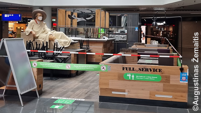 Frankfurto oro uoste uždarytas restoranas