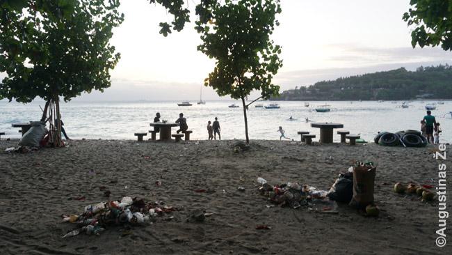 Šiukšlinas Sengigio paplūdimys