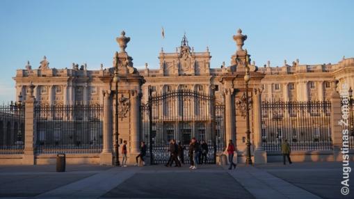 Madridas - šėlstantis didingas didmiestis