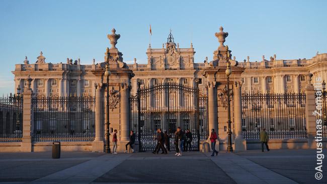 Madrido karalių rūmai