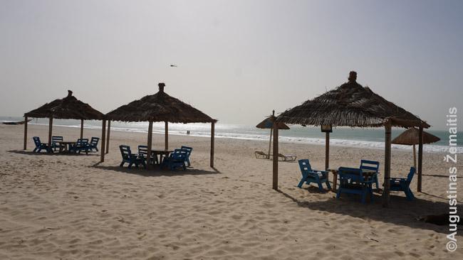 Nuakšoto ekspatų paplūdimys. Greta Kataro investuotojai jau pastatė pirmąjį viešbutį masiniams saulės turistams – žiūrėsime, kaip seksis
