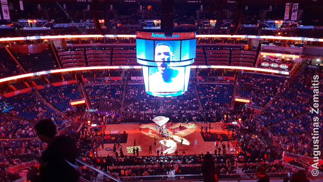 NBA arenoje, kur stulbina ne tik krepšinis, bet ir šou