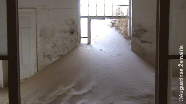 Smėlis užpila Kolmanskupę