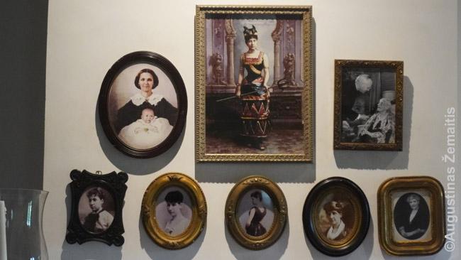 Dvarininkų nuotraukos ir paveikslai (Lauros dvaras prie Naujojo Orleano)