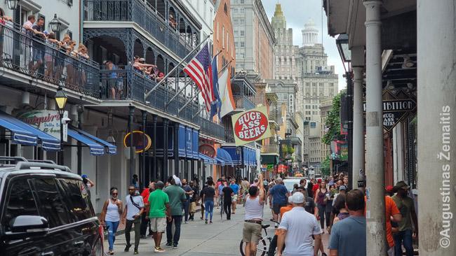 Pramoginė Burbonų gatvė Naujajame Orleane