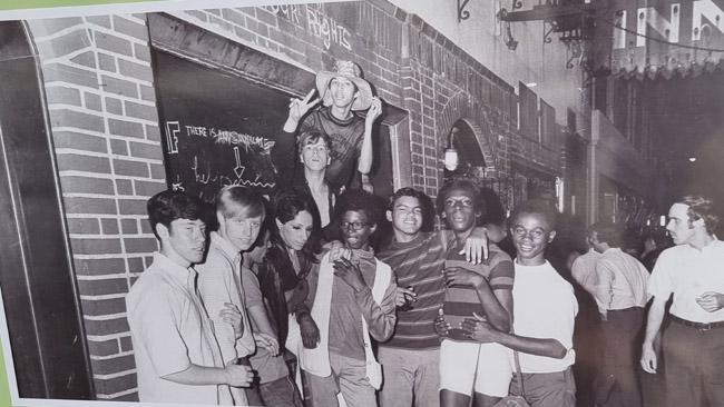 Stonewall aktyvistai 'anais laikais'