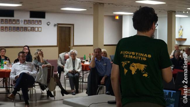 """""""Tikslas - Amerika"""" pristatymas Londono lietuvių parapijos šventėje"""