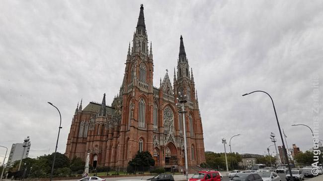 La Platos katedra