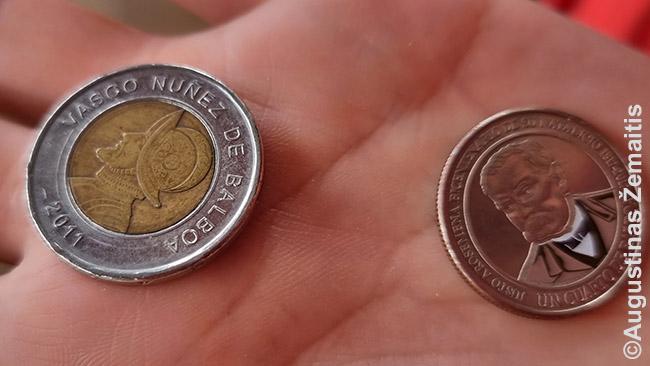 """Centų monetos. Tai gerai atspindi Panamos valiuta: iš tikrųjų JAV doleris, bet Panamoje jis visur vadinamas """"Balboa"""" (pagal pavardę europiečio, kuris pirmasis Panamoje išvydo Ramųjį vandenyną). Balboa centų monetos – savos ir labai spalvingos"""