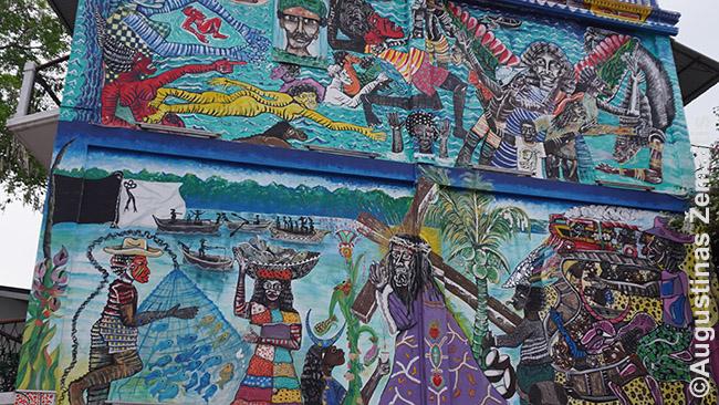 Panamos įvairovę atspindinčios freskos Panamos mieste