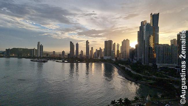 Pirmasis pasaulis - Panamos miestas
