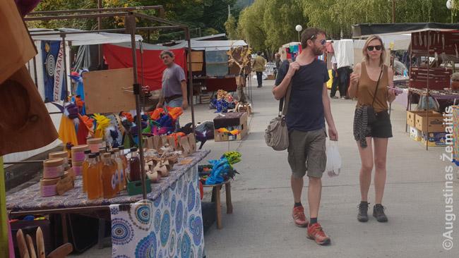 El Bolsono hipių turgus