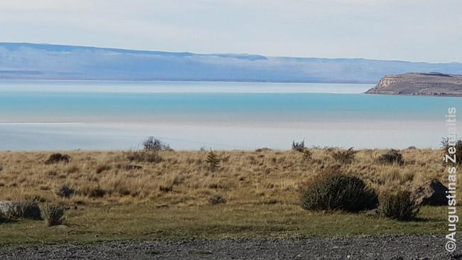 Įvairiaspalvis ledyninis Argentino ežeras