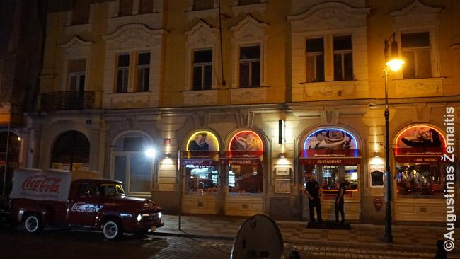 Stilingas restoranas Prahos senamiestyje