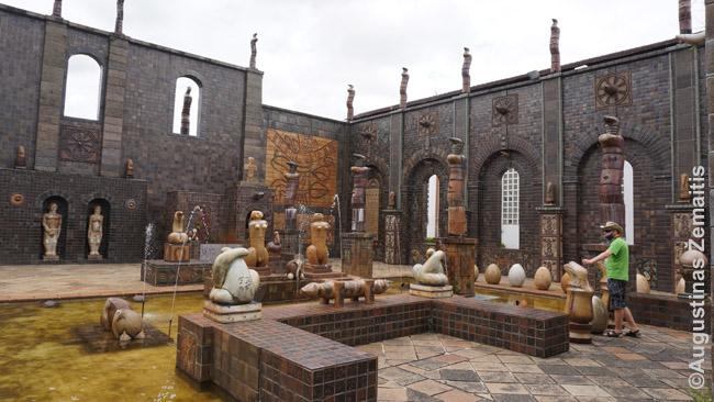 Brenardo keramikos biure (muziejuje)
