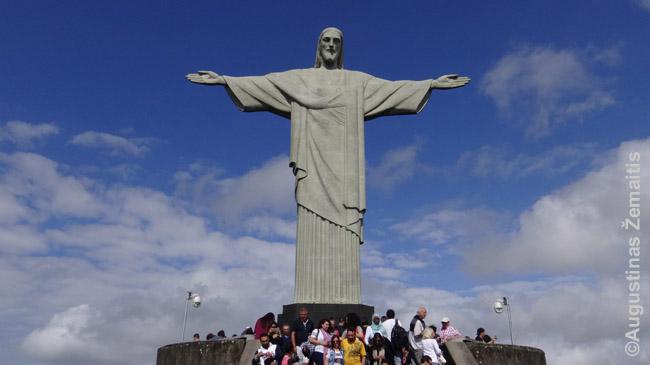Rio de Žaneiro laiminintis kristus - miesto aukso amžiuje sukurtas art deco stiliaus jo simbolis