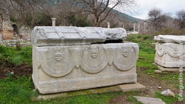 Pavienis sarkofagas Efese