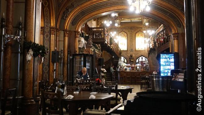 Caru' cu bere restoranas Bukarešte
