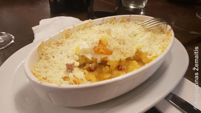 Mamaliga - rumuniškas patiekalas