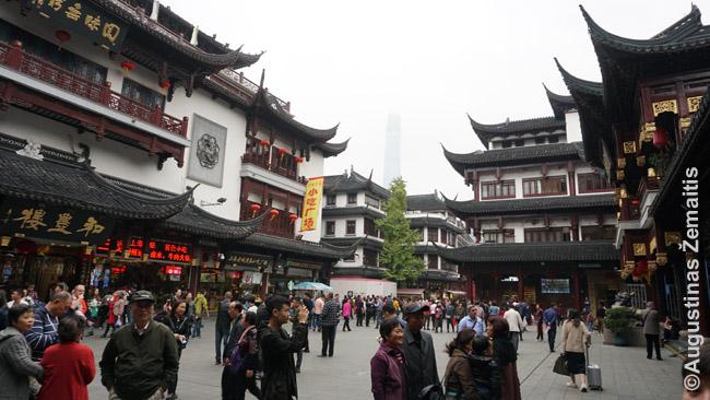 Atkurtas tradicinis rajonas aplink Šanchajaus miesto dievo šventyklą, dabar daugiausiai naudojamas prekybai