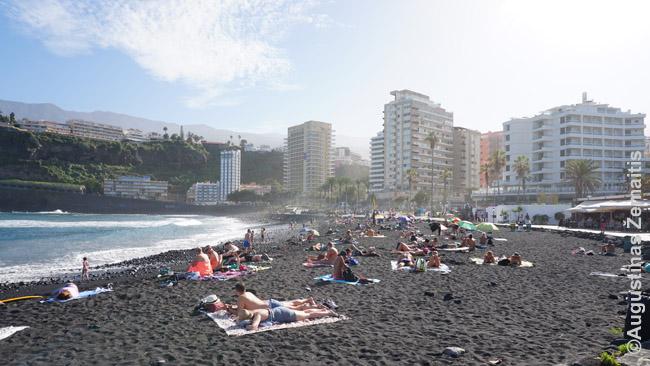 Puerto De La Cruz, antrojo Tenerifės kurorto, pagrindinis paplūdimys