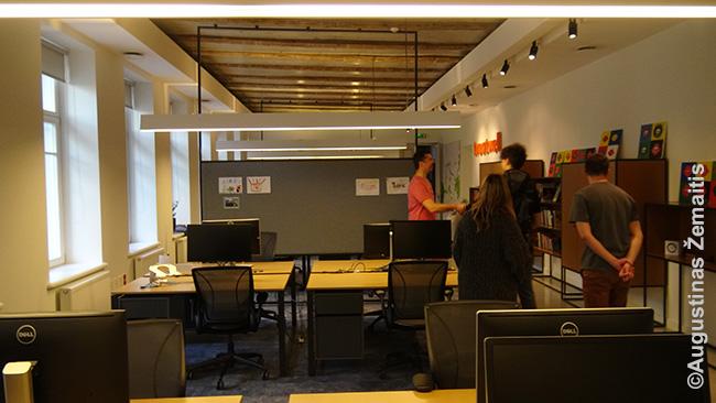 Treatwell biuras. Vienintelė autentiška detalė - pastato perdangos lubose, kurios, aišku, padarytos taip, kad skirtos paslėpti