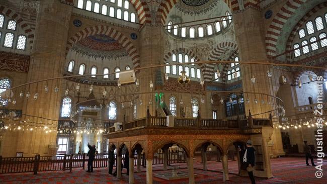 Edirnės mečetės vidus