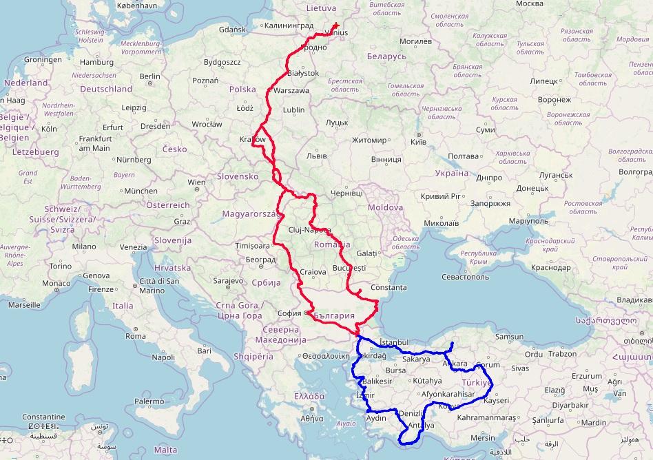Mano kelionės į Turkiją galutinis maršrutas. Raudonai pažymėti keliai pirmyn-atgal į abi puses, o mėlynai - važiavimas pačioje Turkijoje