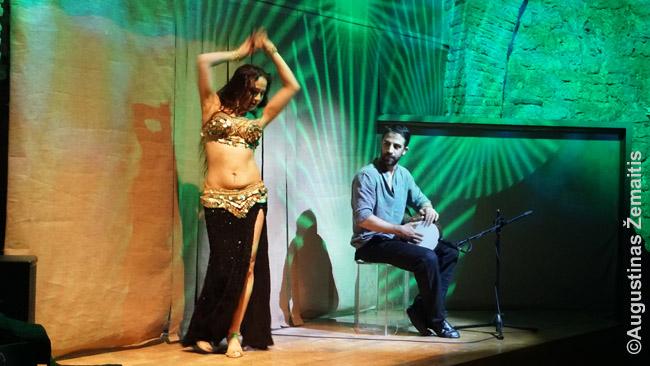 Pilvo šokis Stambulo Hodžapaša teatre