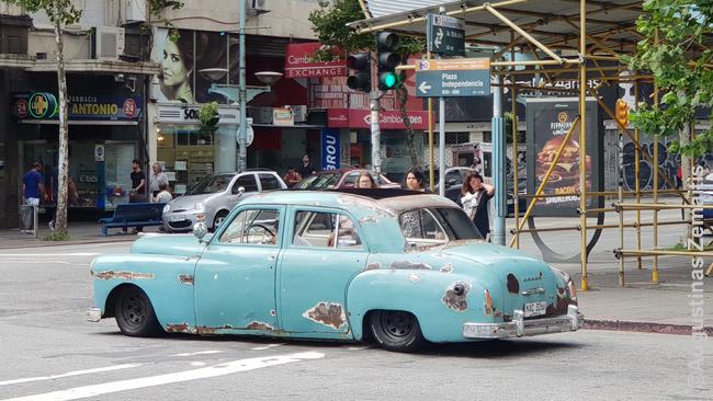 Šis automobilis dar važiuoja Montevidėjo gatvėmis