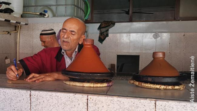 Vietiniame restorane siūlomas marokietiškas tažin