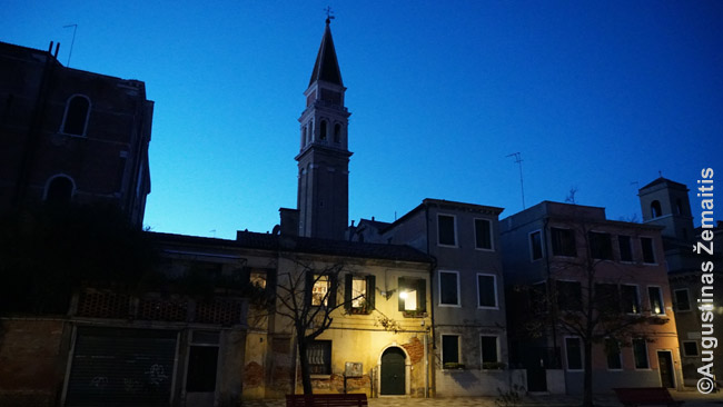 Gyvenamieji Venecijos rajonai vakarais gali atrodyti labai tušti