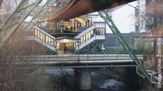 Iki buvusios didybės atstatyta Švebebano stotis
