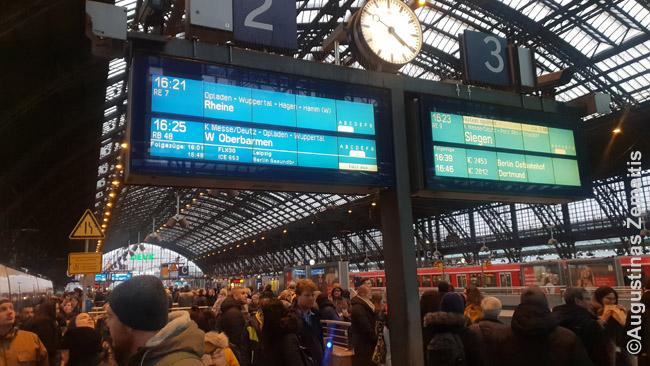 Vienoje Rūro regiono traukinių stočių