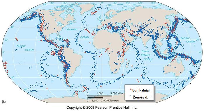 Visi įvykę žemės drebėjimai (mėlyni) ir aktyvūs vulkanai (raudoni)